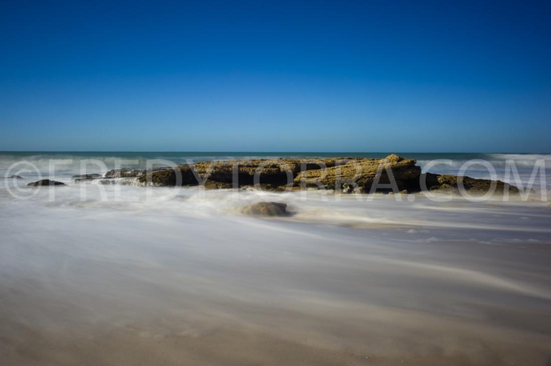 Rocas de la playa el palmar Cadiz 001_FTC9982